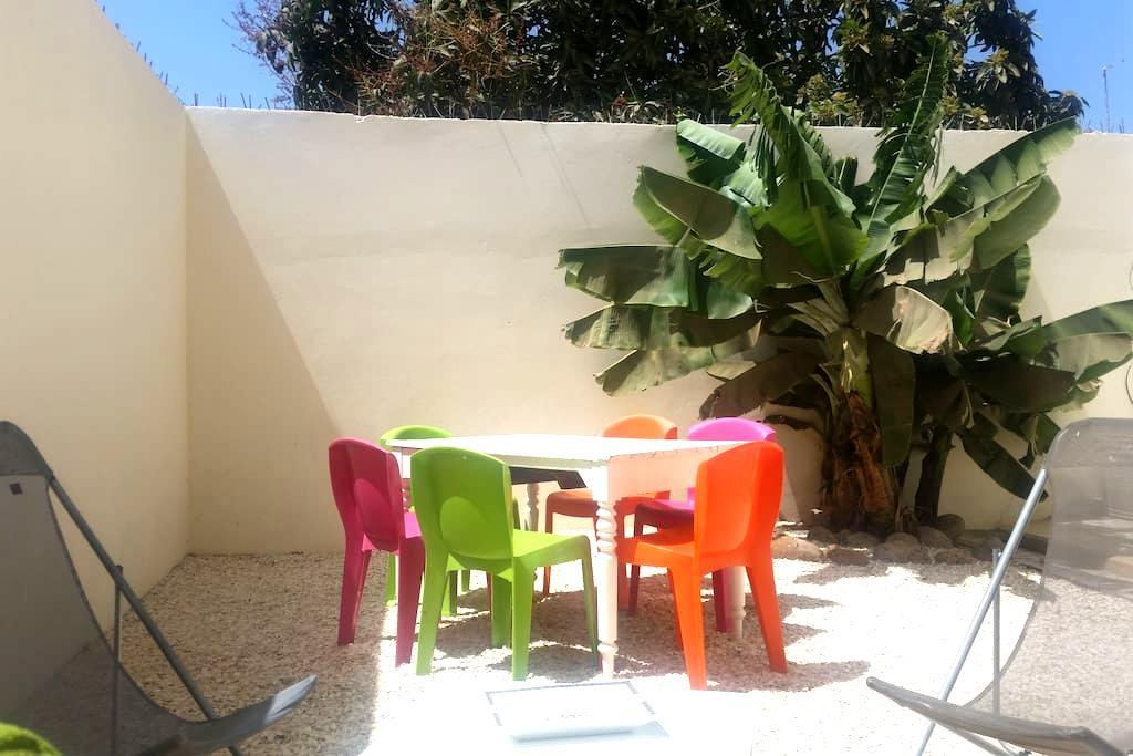 La maison des Mamelles 2 - Dakar - Penzion (B&B)