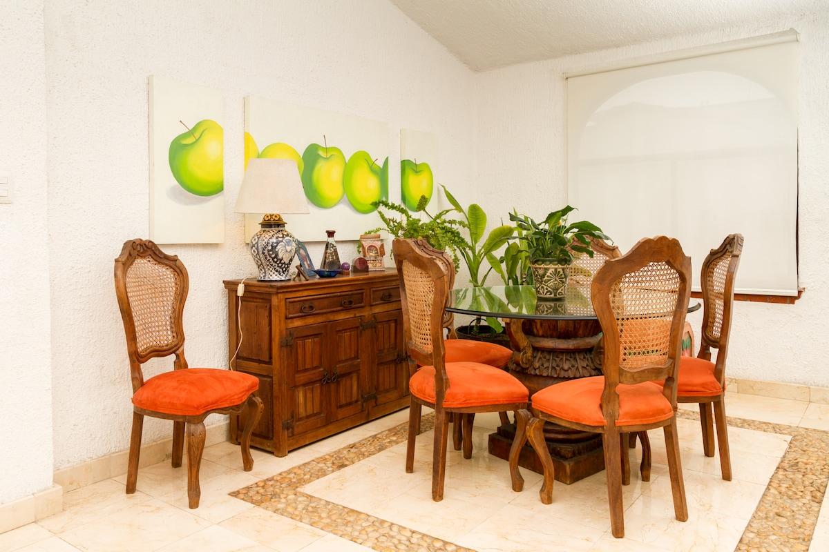 Comedor / Dinner table
