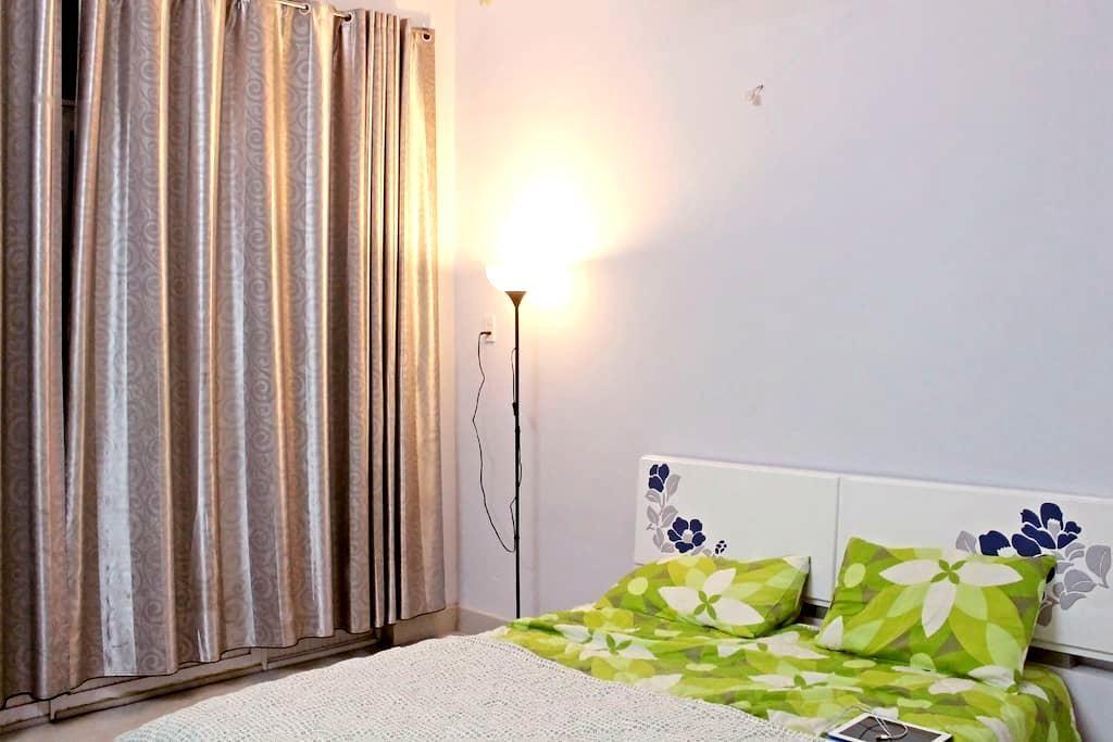 Mrs. Hang Homestay Upper Floor - Ho Chi Minh City - House