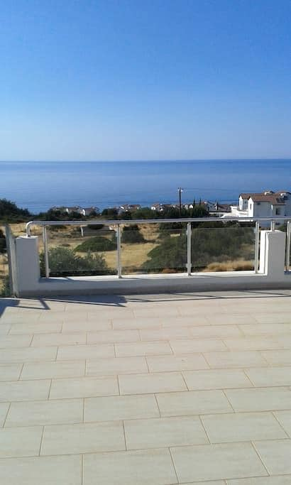 Apt: Stunning Sea & Mountain Views! - Esentepe