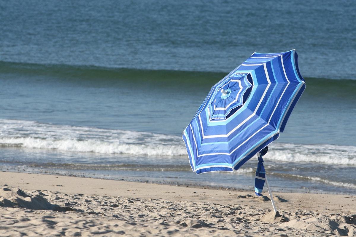Beautiful Secret Beach Hideaway