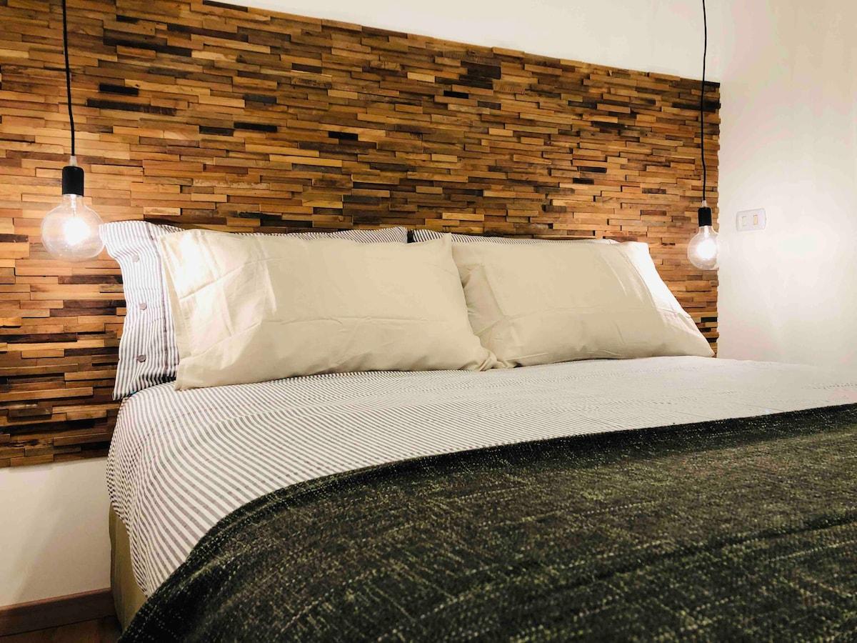 Letto Ad Angolo Matrimoniale.Villa Olga Luxury Low Cost Dependance Chiaia Villas For Rent