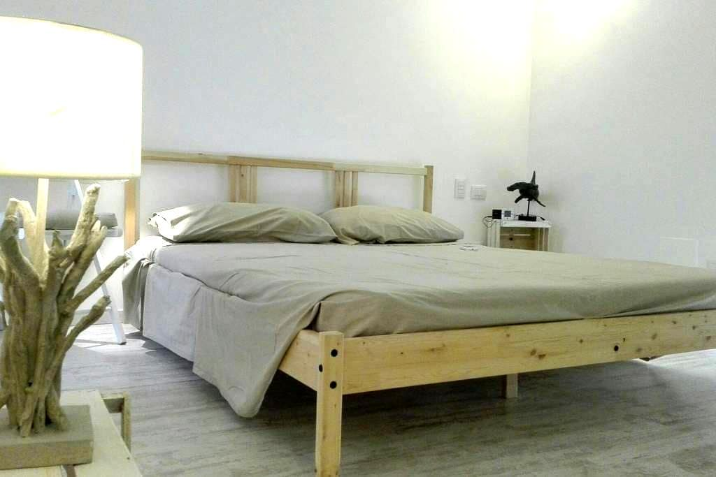 Little house in the City Center - Brindisi - Huis