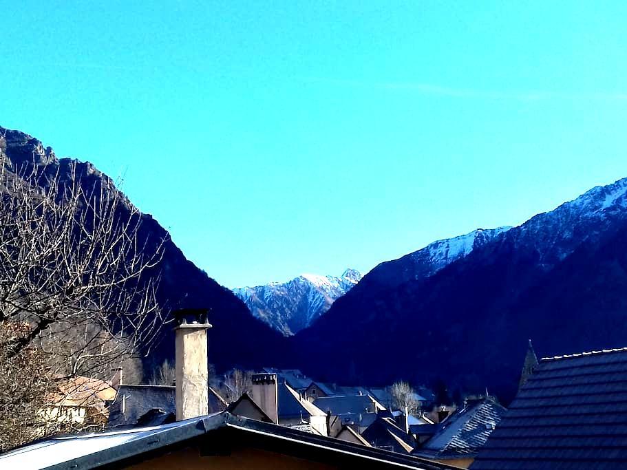 3 pièces dans maison à la montagne avec balcon - Saint-Firmin - Apartament