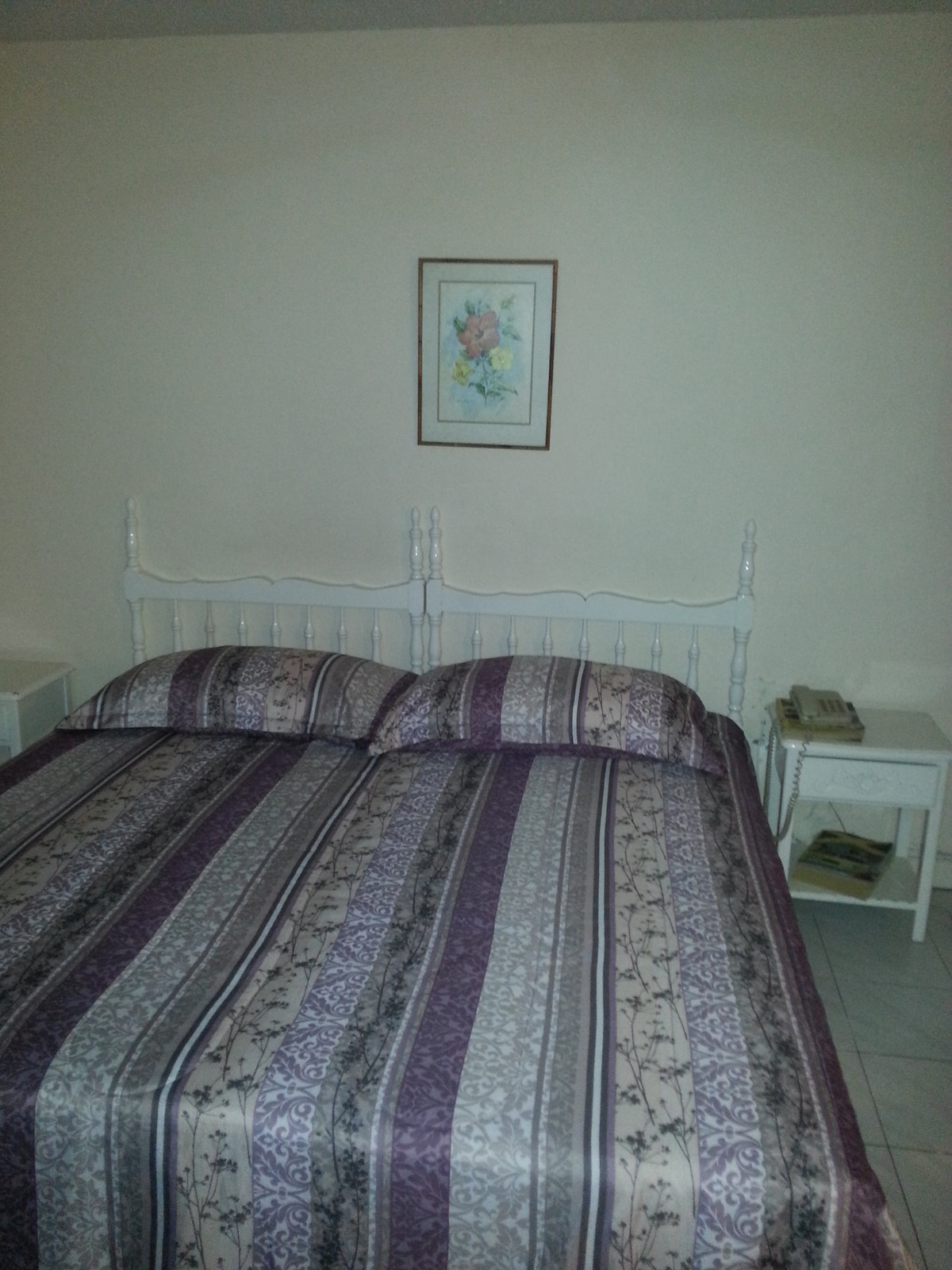 Kingsize bed-can be used as two singles