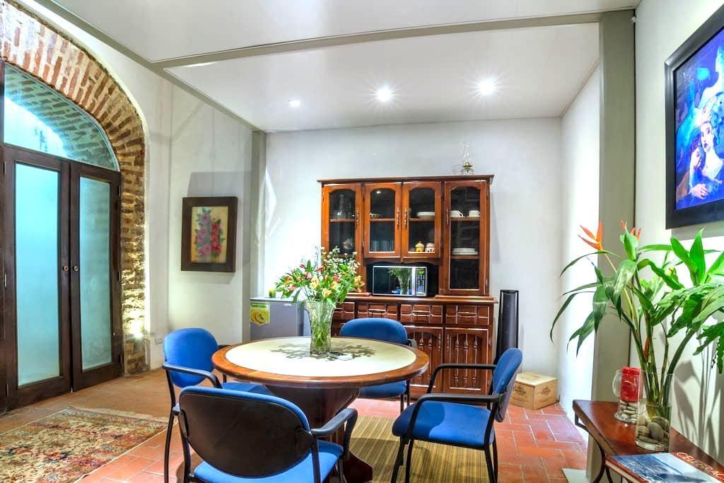 Romantic Loft 103, Centro Zona Colonial - サントドミンゴ - ロフト