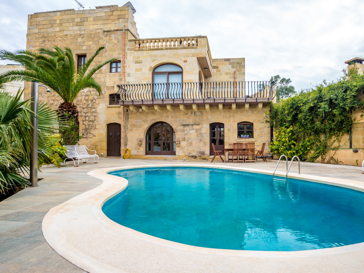 Ta guzeppi farmhouse gozo villas for rent in xagħra malta