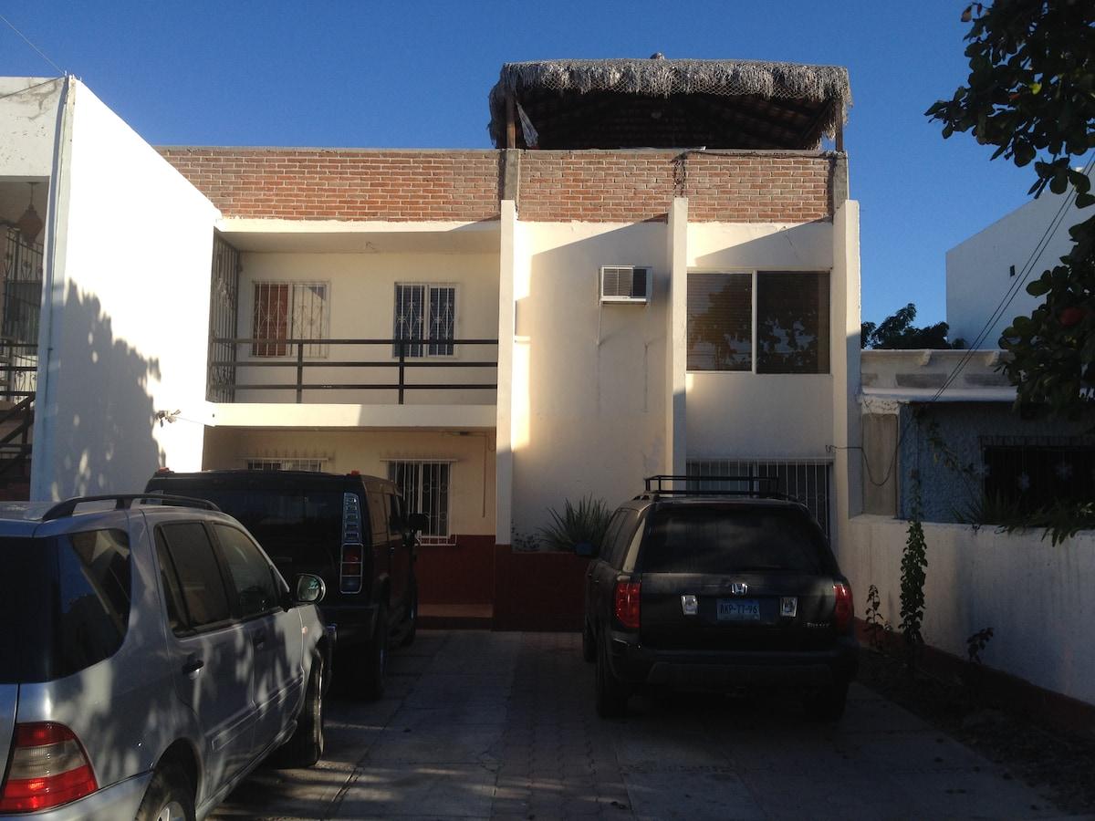 Casa de las Brisas, our La Paz home. Mi casa es tu casa, amigo...