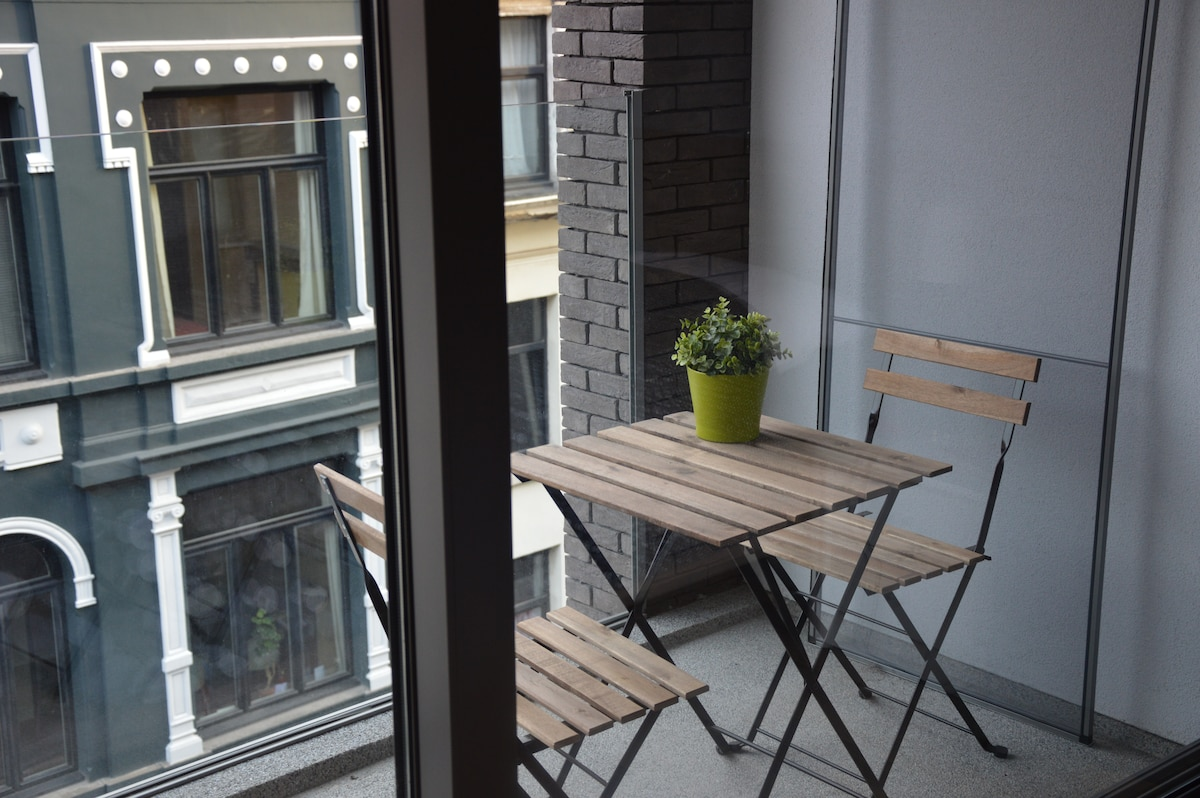New apartment in heart of Antwerp