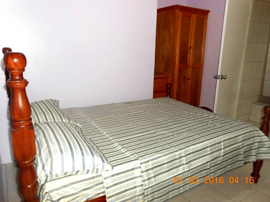 Separate own entrance apartment - Portsmouth