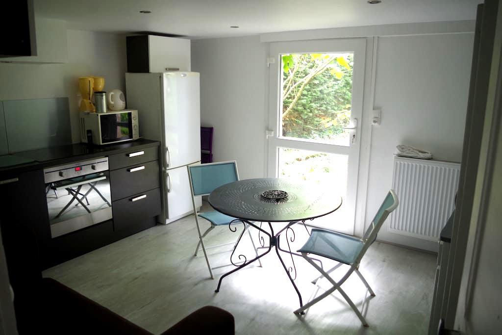 Appartement en Rez de Chaussée - Bourg-en-Bresse - Byt