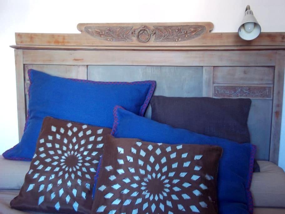 Bonita habitación con baño - Castejón de Sos - House