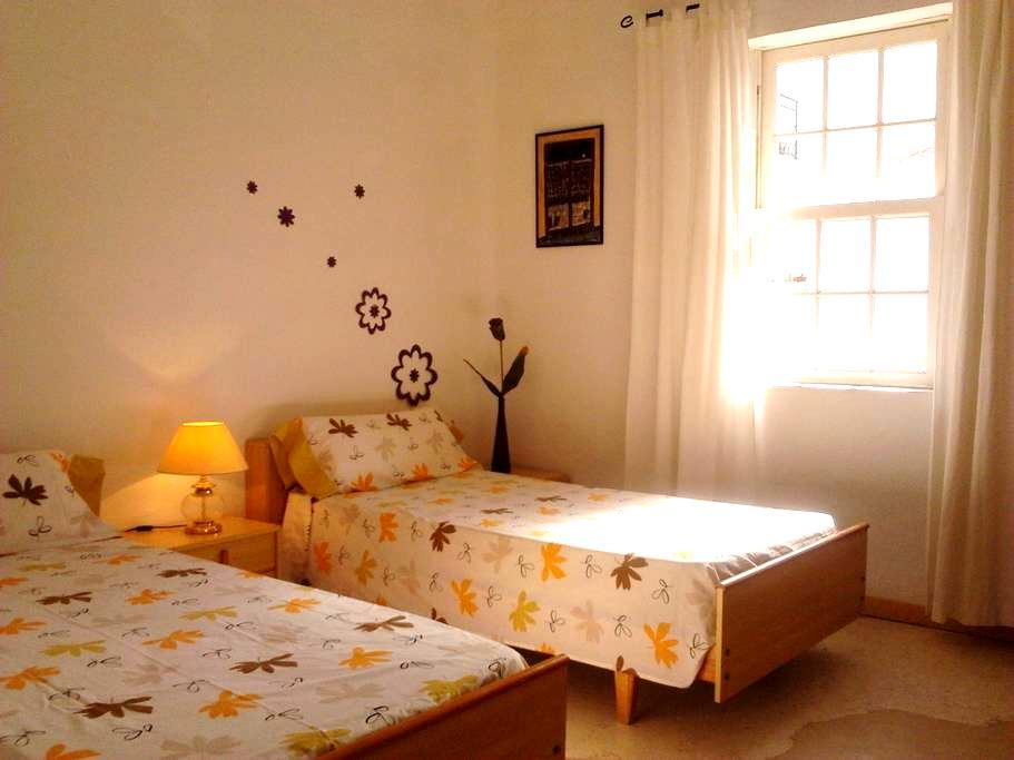 Habitación doble con baño privado - Alaior - Dom