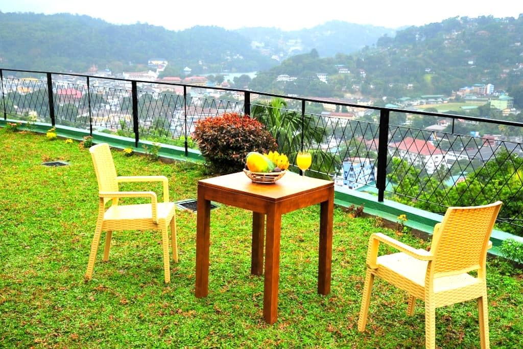 Beautiful Suite 1.6km to the city-Chathu - Kandy - Casa de camp
