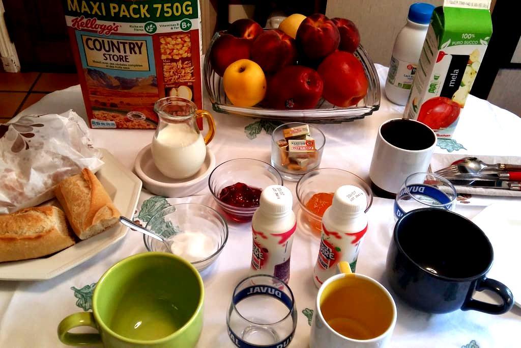 RIVIERA BnB  - Comfort n Breakfast  - Grasse