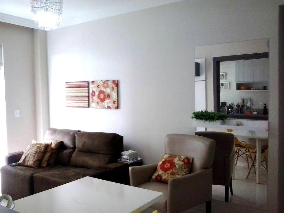 Apartamento- Conforto e praticidade - São José - Lägenhet
