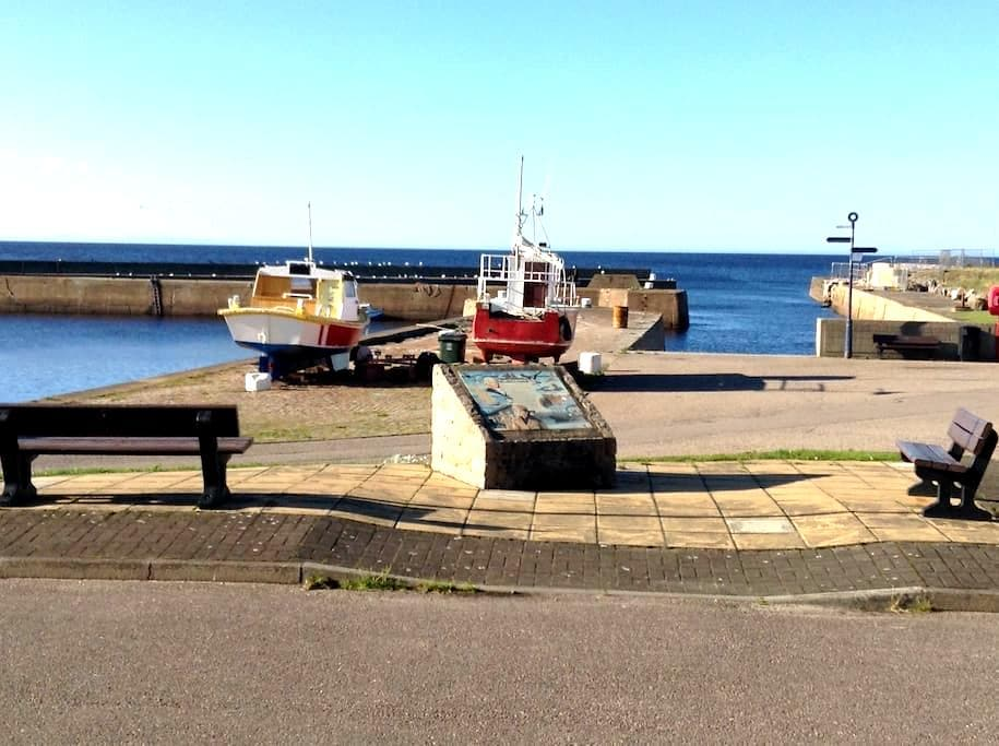 Double EnSuite with Sea View, Moray - Portgordon - Bed & Breakfast