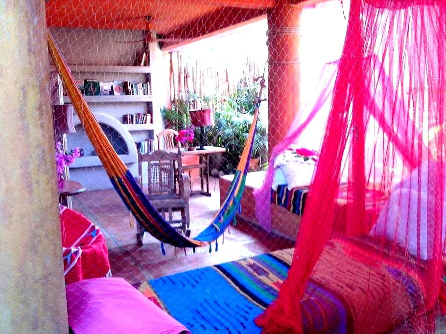 magical B&B in Barra de Potosi - Ixtapa - Aamiaismajoitus