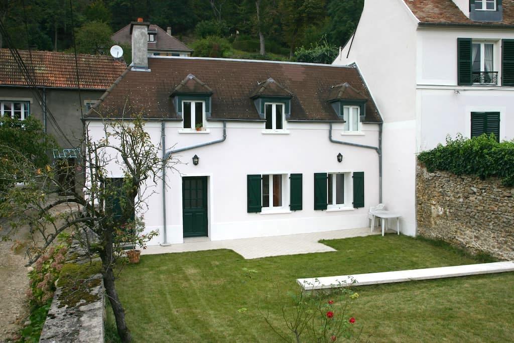 Appartement au calme près du Chateau de Versailles - Jouy-en-Josas - Apartemen