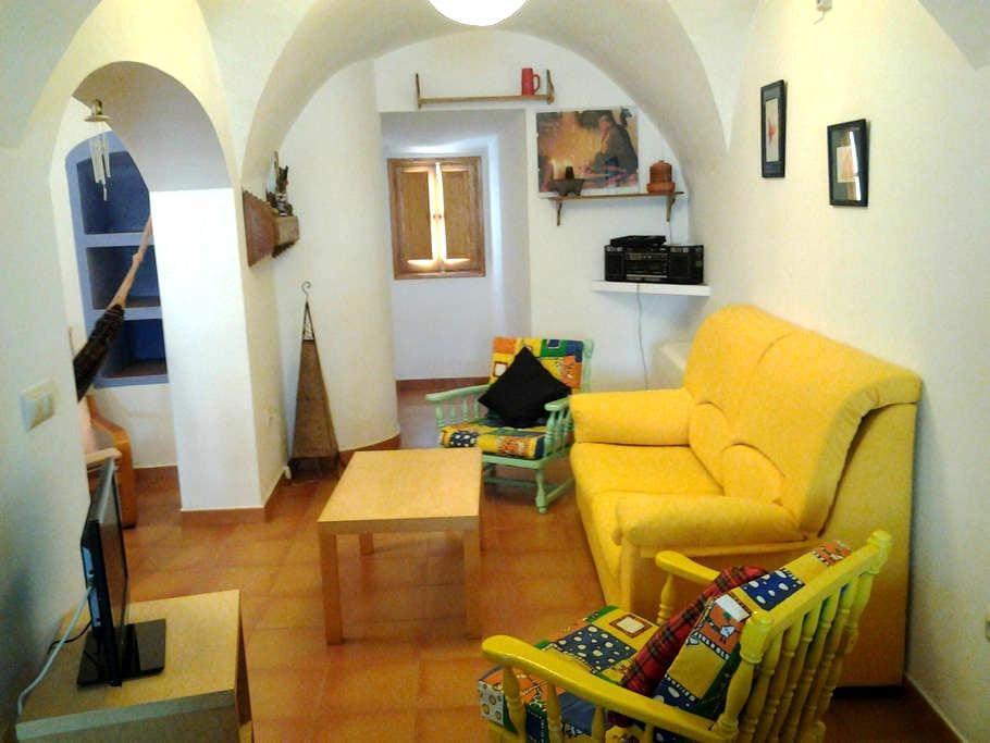 Casa en Muralla de Cáceres. - Cáceres