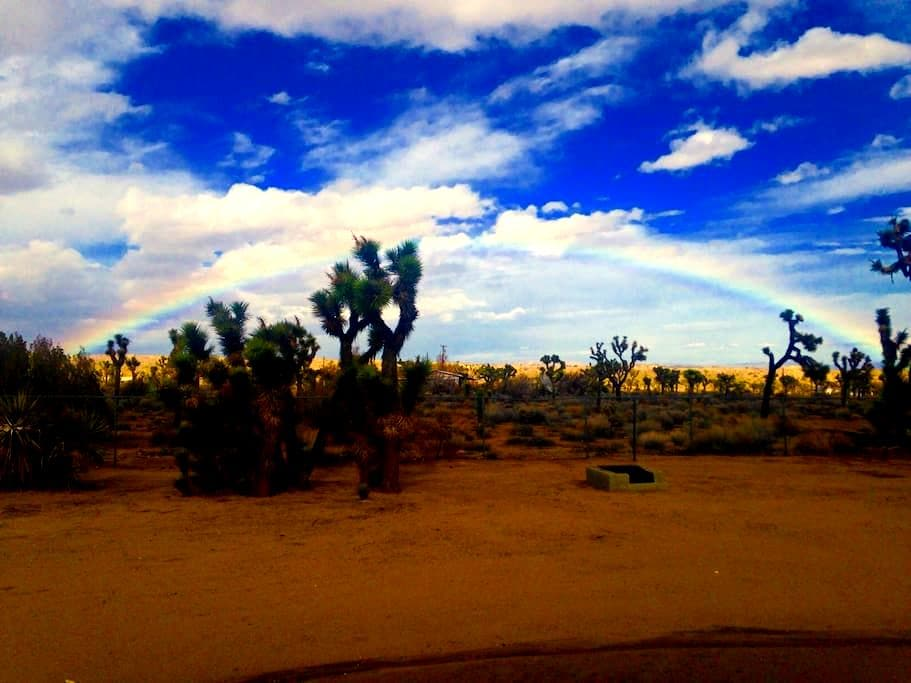 Starlight Sanctuary - Yucca Valley - Kisház