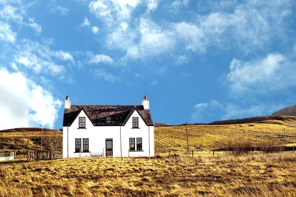 Contemporary Scottish Cottage - Kilmuir - Casa