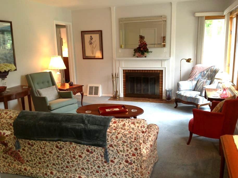 Duplex apartment home in Midland - Midland - Appartement