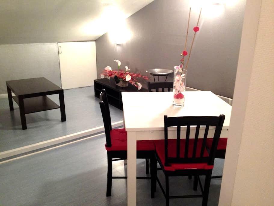Appartement sous comble - Dieulouard - Apartamento