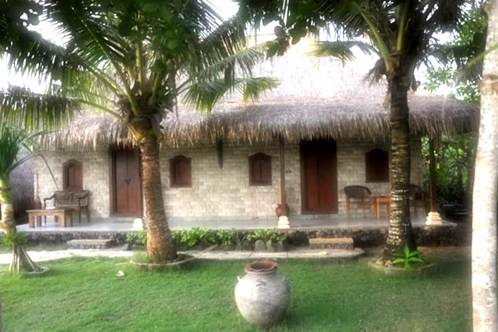 Family House At Dream Beach - Lembongan island - Casa