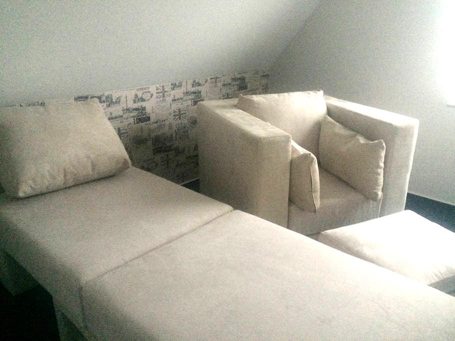 Single room - 45 min from Hannover Fair - Wunstorf - Bed & Breakfast
