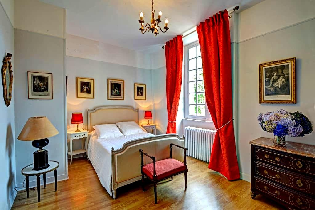 Chambres familiales dans un château en Normandie - Beuzevillette - Kasteel