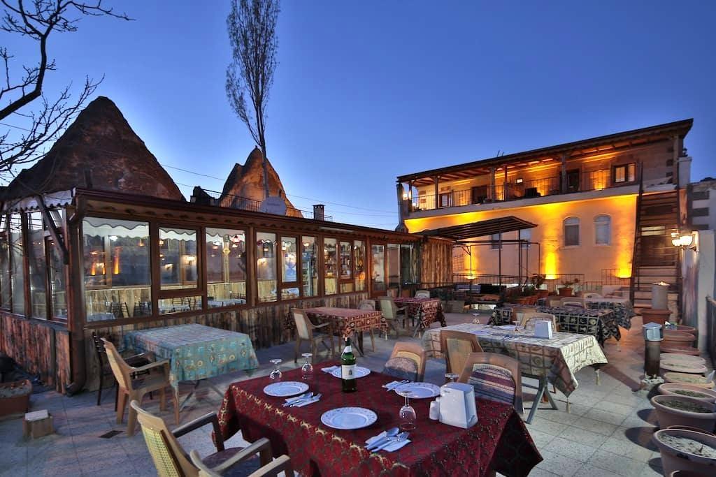 Göreme valley family terrace suite - Göreme - Lägenhet