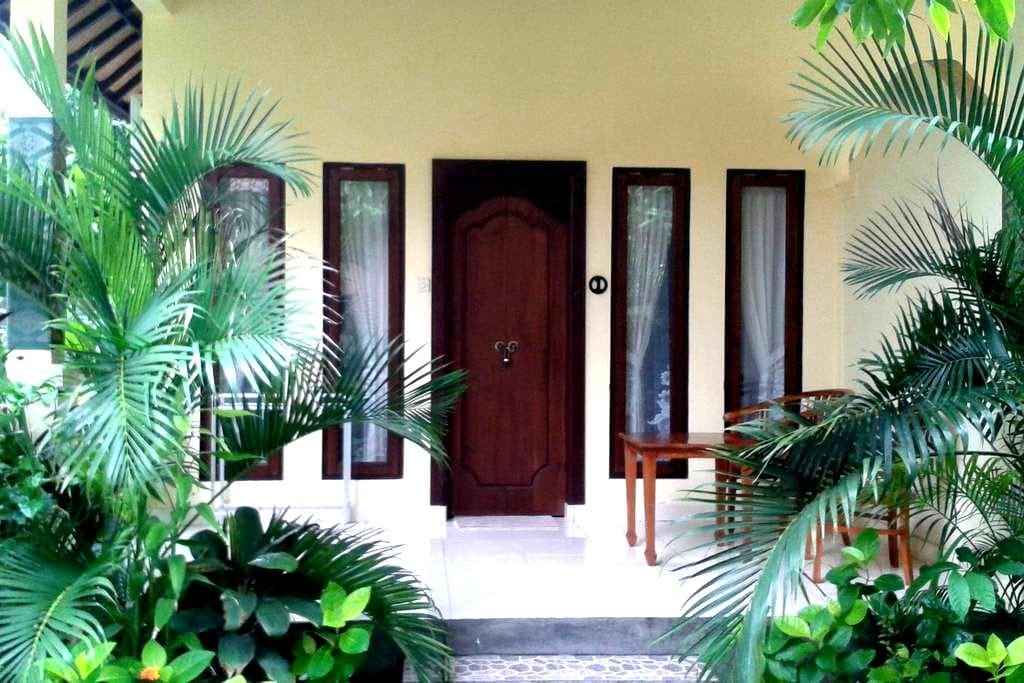 Adisiya Home Stay Pemuteran - Gerokgak - Bungalo