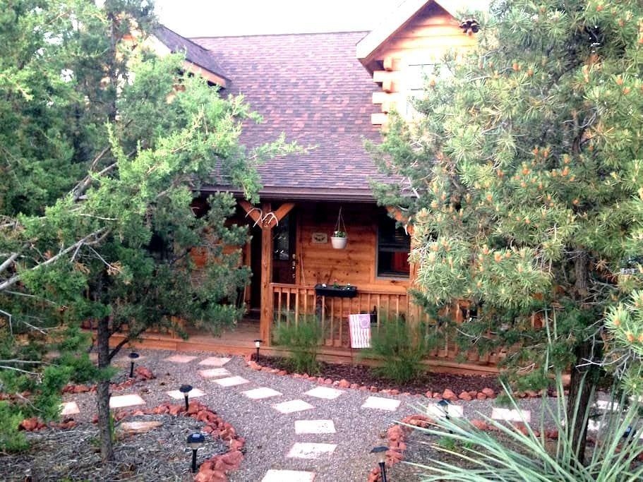 Rustic Log Home - Sedona - Szoba reggelivel