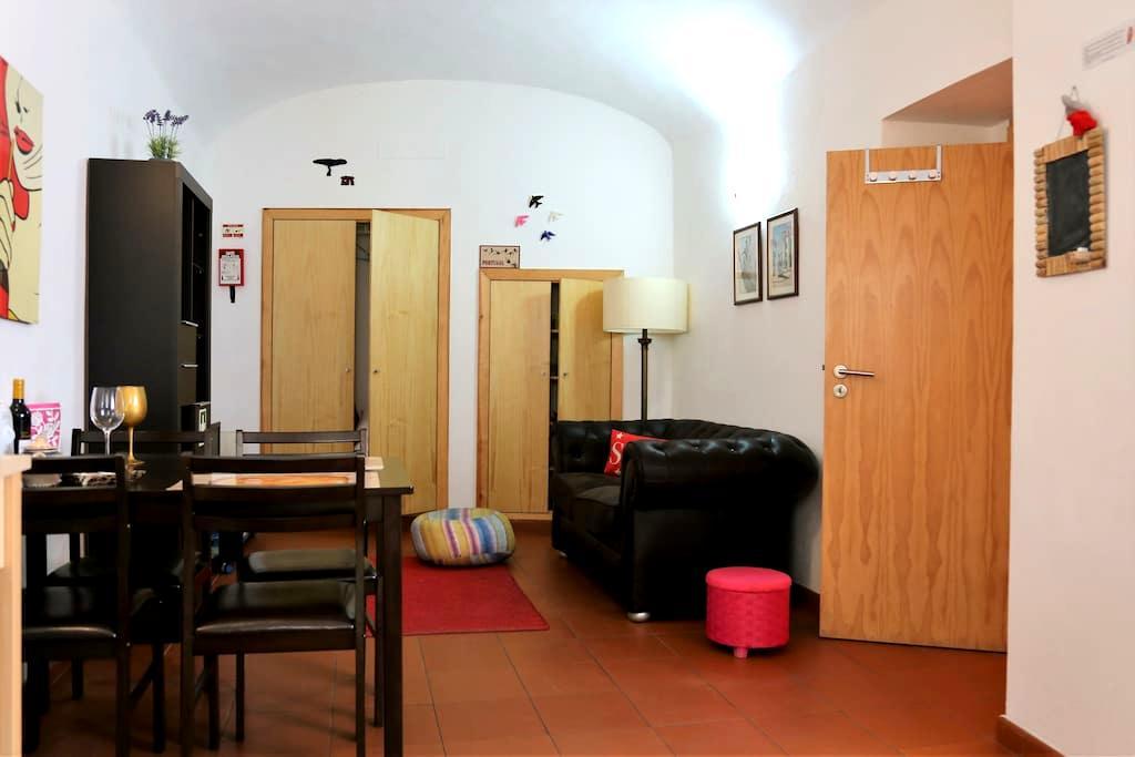Confy onebedroom apartment on Historic Center - Évora - Apartment