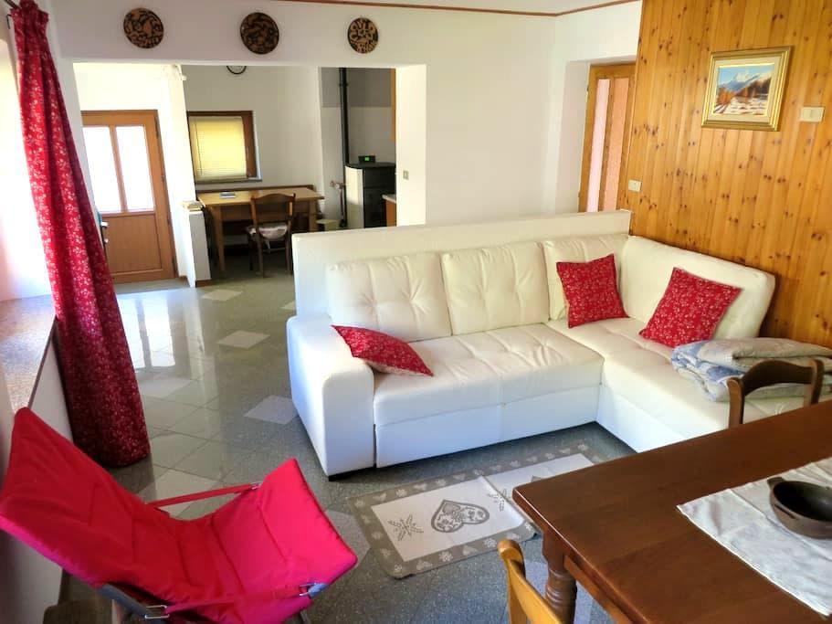 Casa in Villaggio Panoramico, Col de Joux - Saint-Vincent - Huis