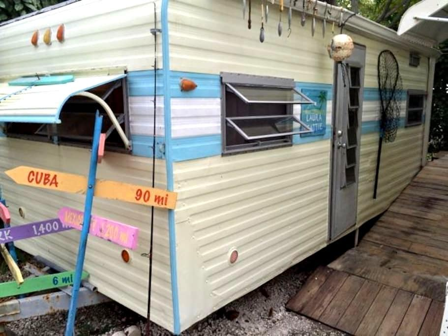 Free Private Room with Boat Tour - Big Pine Key - Camper/Roulotte