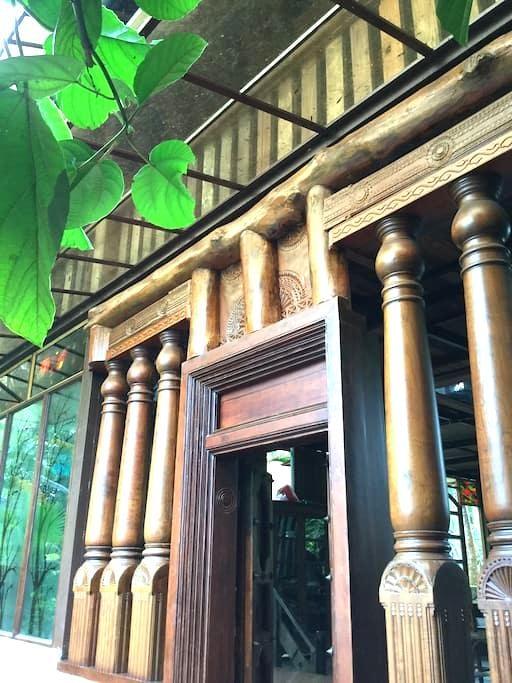 Wood house - Ernakulam - Dům pro hosty