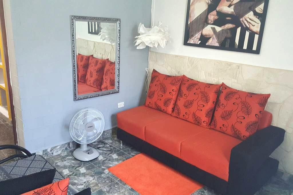 Colorful independent apartment - La Habana - Byt