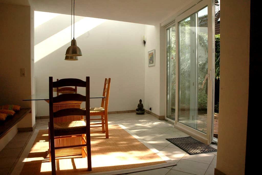 Helles Apartment nicht weit von F  - Königstein im Taunus