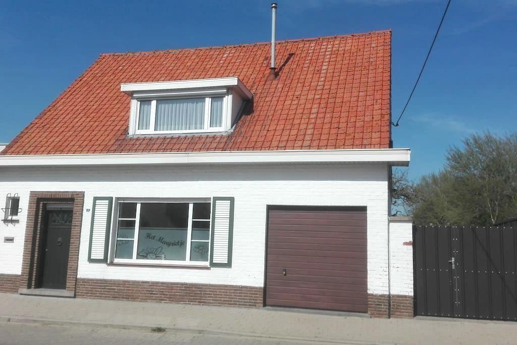 Vakantiewoning Het Margrietje - Merkem - บ้าน