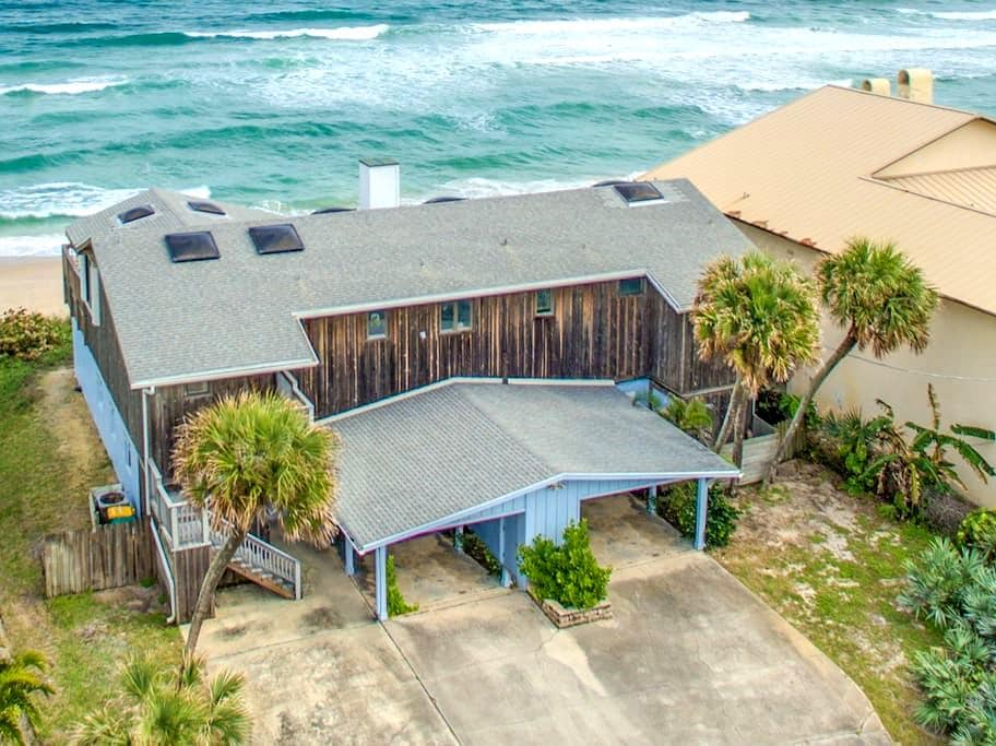 Direct Oceanfront Private 2 bedroom North Villa - メルボルンビーチ