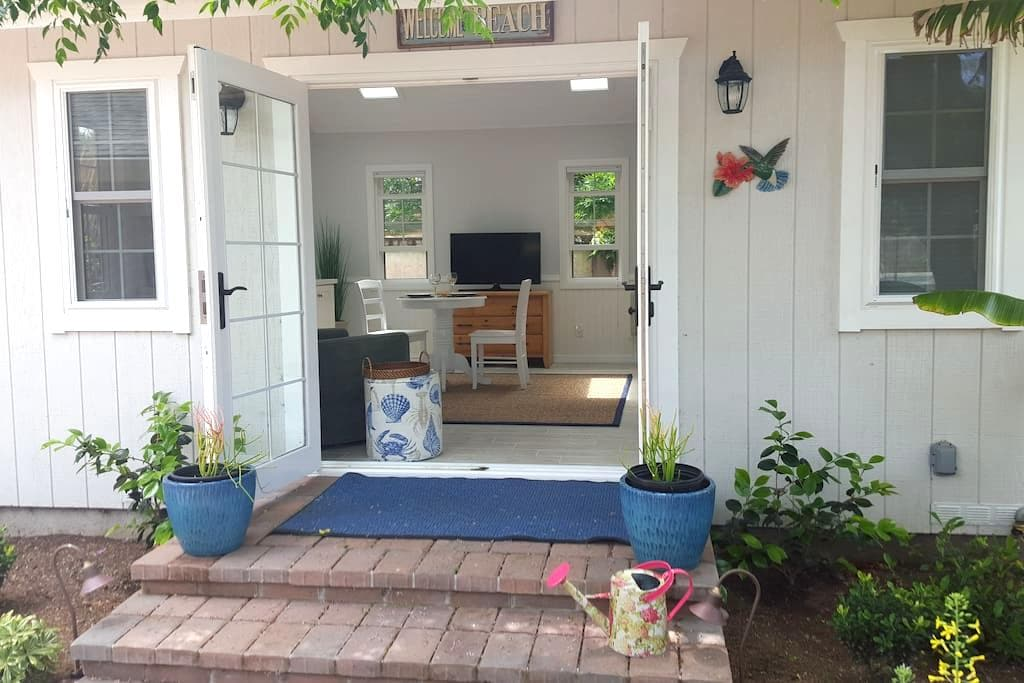 Leucadia Beach Cottage - Encinitas