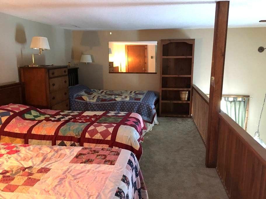 Condo in Bethel Maine near Sunday River - Bethel - Condominium