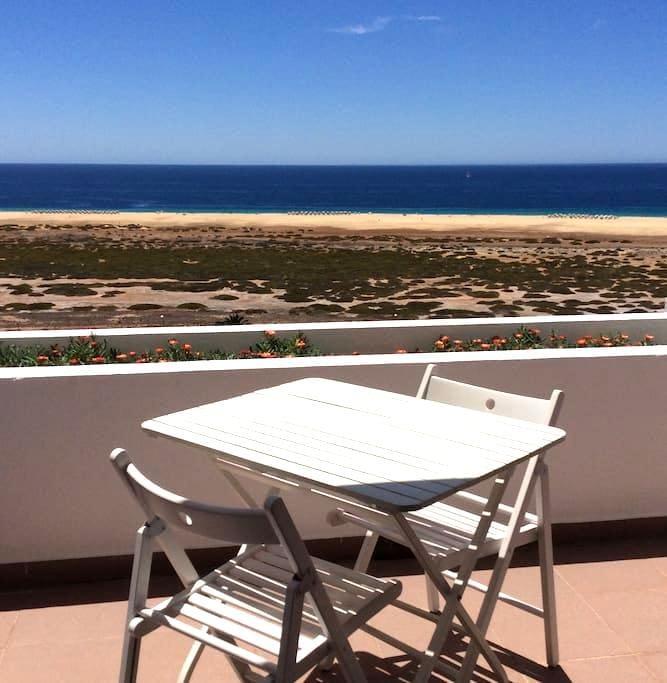 500 m to the beach sea sight studio (Wi-Fi) - Morro Jable - Apartament