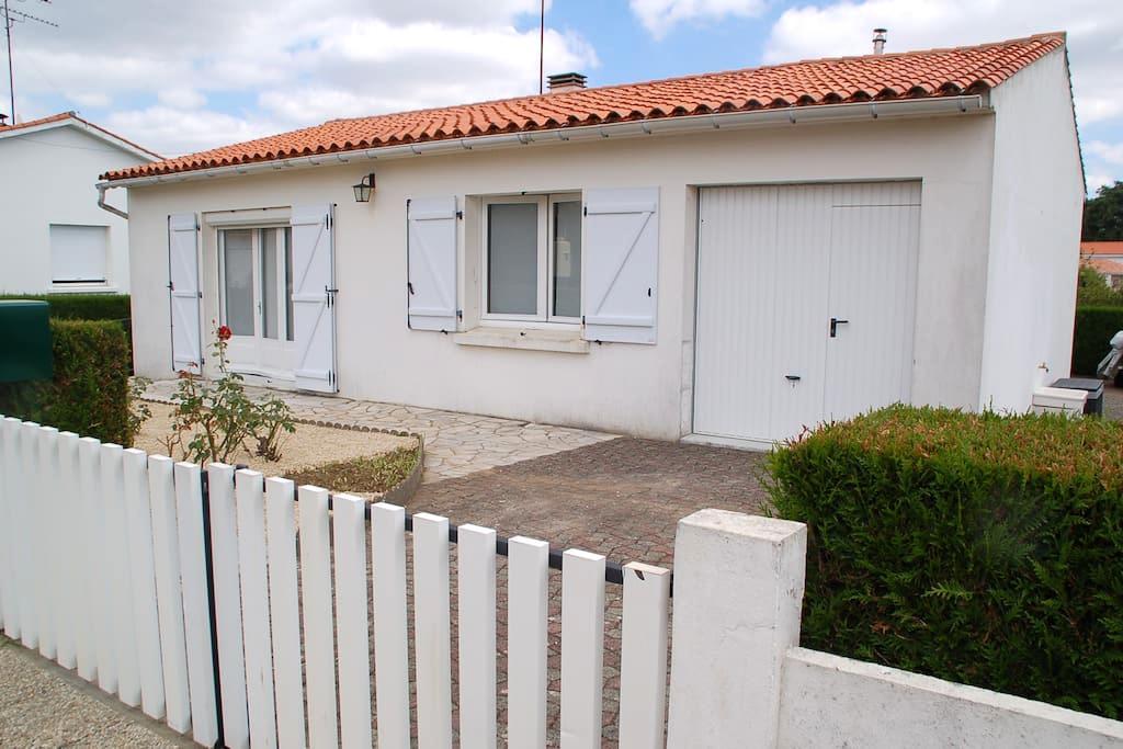 maison paisible ensoleillée - Longeville-sur-Mer