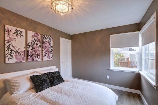 Comfortable queen bed in main bedroom