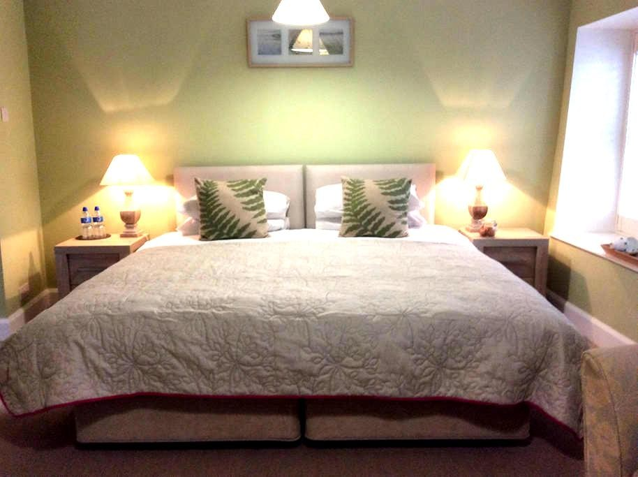 Luxurious, king or twin ensuite BnB - Tregony