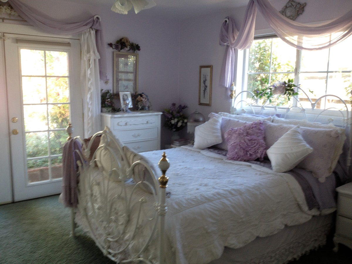 The Lavender Room has a new Queen-sized bed with a private bath & door to the backyard.