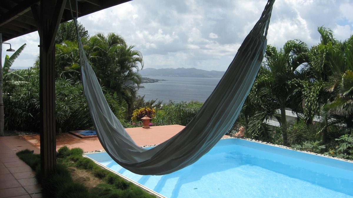 Appt.calme,vue mer Caraibe,piscine,